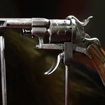 Revolver con cui Verlaine sparò a Rimbaud