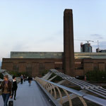 Millenium Bridge - Tate Gallery