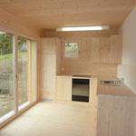 Küche aus Holzschränken