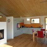 Innenausbau Küche, Böden Parkett.