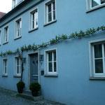 Grünzeug für die Fassaden: In Sulzfeld sehr oft zu sehen. Natürlich muss es dort Wein sein - selbst wenn es wilder ist.