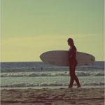 Bei Flaute surft Lina gern
