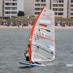 Windsurfen ist ihre Leidenschaft