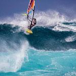Junko Nagoshi weiß, wie man auf Maui richtig rippt.