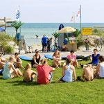 Erstes Beschnuppern der Girls des Surf Camps
