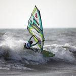 Klaas Voget beim Waveriding