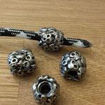 Perlen alles Skulls