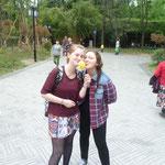 Luzi und ich mit Ananas :) ...
