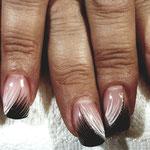 Erika's Nagelstudio - Nails - Schwarz-Weiß Lines