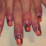 Erika's Nagelstudio - Nails - Rot-Schwarz Lines