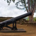 Überreste des Fort James - wer passt hier auf wen oder was auf?