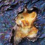 Autore : Marzia Attaguile - Titolo: I gatti leccano raggi di luna (part.) - Tecnica: Olio materico su tela contornato da tessitura di spago, legni, versi e fili argentati - Dimensioni:22x25 cm