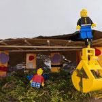 """Nikolas (8) und Julian (6) Pauli """"Unsere Baustelle ist eine sehr gemütliche geworden, weil der Boden komplett mit Moos bedeckt ist."""""""