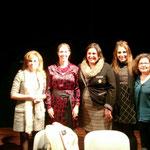 Las señoras ponentes junto a la señora alcaldesa de Alpera.