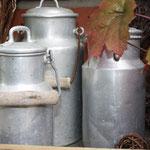 Alte Milchkannen aus Zink