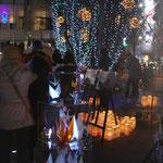 長野市民平和の日のつどい(2011年度)で光のオブジェ制作と牛乳パックランタン作りのワークショップを担当