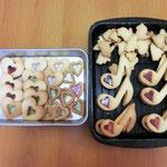 記念品のおまけにクッキーを焼きました★ 今年はステンドグラスみたいなクッキーです(^^)