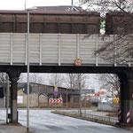 """Brücke über die Davenstedterstr. wird ebenfalls erneuert 1:1 - d.h. mit der """"alten"""" Lärmschutzwand. Ziegelstraße u. Wunstorferstr. werden ebenfalls erneuet, 1:1, d.h. dort ohne Lärmschutzs"""