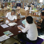石巻高校避難所にて打ち合わせ 教育チーム