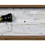 """CATALEJO. Técnica mixta, 12 x 38 x 11 cm, 2008. Realizada para la exposición de Espirelius """"Un ciento desde dentro"""" en la Sala Oberta de la Universidad de Valencia."""