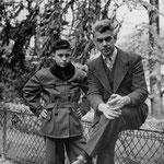 Jacques Henric et son père ; 1950