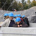 Fachmännische Erklärungen unter Bau-Leuten...
