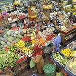 Local fruit market in Singaraja - TASTE IT!