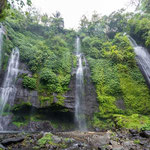 Tree of five falls where you can swim in the natural pools