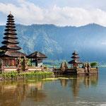 Pura Ulun Danu, the temple in the lake Beratan