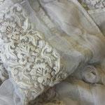 Arte Pura Leinenvorhang mit Spitzenbordüre und Rosen