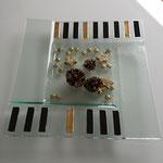 glasteller quadrat/ gold-schwarz/ sfr 46