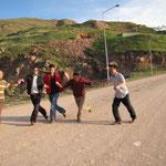 tanzende junge Männer