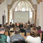 """Am 24. März 2014 wurde auf dem Dialogforum """"KulturlandschaftsKompetenz!"""" sowohl die institutionelle Anbindung der Ehrenamtlichen Kulturlandschaftsbeauftragten als auch die Ausrichtung der Ausbildungsinhalte auf breiter fachlicher Ebene diskutiert."""