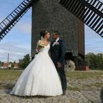 20. September: Zum 500. Mal wird in der Marzahner Mühle geheiratet. Maria Gaertig und Ali Ilikli sind das Jubiläumspaar. Die beiden wohnen in Mahlsdorf und kennen sich noch aus der Schule.