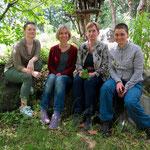 26. Mai: Das Freilandlabor feiert 25. Geburtstag. Seit 1994 wird die inzwischen in der Torgauer Straße beheimatete Einrichtung von Regina Troeder geleitet. Die Umweltpädagogin bringt dort Klein und Groß die Natur vor der Haustür näher.