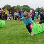 22. Mai: Beim Kita-Grand-Prix in den Gärten der Welt messen sich fast 600 Kinder aus über 50 Einrichtungen bei verschiedenen Wettkämpfen.