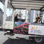 Sogar das US-Fernsehen berichtet darüber, wie ein zur rollenden Bühne umfunktionierter Truck den Leuten Live-Musik direkt vor die Haustür bringt. © pressefoto-uhlemann.de