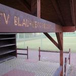 17. August: Der Tennisverein Blau-Weiß Biesdorf (Märkische Spitze 15) feiert 30-jähriges Jubiläum.