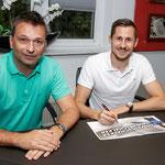 Steven Skrzybski unterschreibt bei Vizemeister Schalke 04 einen Dreijahresvertrag. Der Offensiv-Allrounder vom 1. FC Union gehörte zu den Identifikationsfiguren im Verein. Als Siebenjähriger war er von Stern Kaulsdorf zu den Eisernen gewechselt.