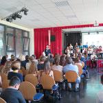 In Hellersdorf wird der zehnte Geburtstag des Melanchthon-Gymnasiums (Adele-Sandrock-Straße) gefeiert. Wegen sinkender Schülerzahlen waren an dem Schulstandort im Jahr 2008 das Max-Reinhardt- und das Leonard-Bernstein-Gymnasium zusammengelegt worden.