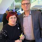 Regina Hoffmann (aperçu Verlagsgesellschaft mbH) und Dr. Oleg Peters (Standortmarketing Marzahn-Hellersdorf)