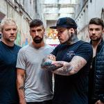 """30. Oktober: Die Band """"Engst"""" um den Hellersdorfer Frontmann Matthias Engst bringt ihr neues Album """"Schöne neue Welt"""" auf den Markt. 2021 soll es eine ausgedehnte Headliner-Tour geben."""