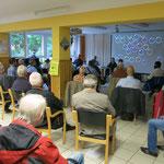 26. August: Der Protest gegen den geplanten Trassenverlauf der Ortsumfahrung Ahrensfelde geht weiter. Bei eine Einwohnerversammlung fordern Bürgerinitiativen den sofortigen Abbruch des laufenden Planfeststellungsverfahrens.