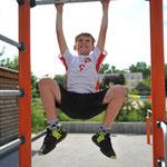 Herzstück ist eine Calisthenics-Anlage, an der die Kids mit ihrem eigenen Körpergewicht trainieren können. © pressefoto-uhlemann.de
