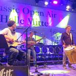 Weitere Höhepunkte der beliebten Freiluft-Veranstaltung sind die Auftritte der Band Hausboot (Heiner Lürig und Tino Eisbrenner) ...