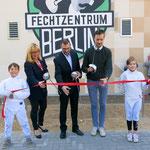 11. September: Das neue Fechtzentrum in der Bruno-Baum-Straße wird vom Vereinsvorsitzenden Michael Behrendt gemeinsam mit Baustadträtin Juliane Witt und Sportstadtrat Gordon Lemm eingeweiht.