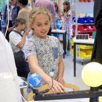 Gemeinsam mit dem im Jahr 2012 eröffneten Kinderforscherzentrum Helleum I soll das neue Jugendforscherzentrum als nachhaltiger Lernort vom Kita-Alter bis zur Berufsausbildung fungieren.
