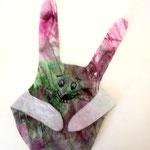 Hand-Hase aus selbstgemachter Handschablone gschnitten und gefaltet