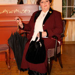 Dagmar Stehle als Donna Lucia D´Alvadorez