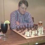 Uwe nahm seine Niederlage sportlich fair und sah die Sache olympisch!